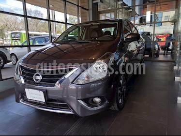 Nissan Versa Exclusive Aut usado (2017) color Titanio precio $179,000