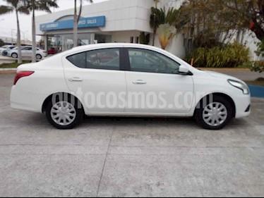 Nissan Versa 4p Sense L4/1.6 Aut usado (2018) color Blanco precio $165,000
