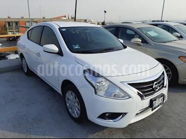 Nissan Versa 4P SENSE TM5 A/AC. VE. usado (2018) color Blanco precio $178,000