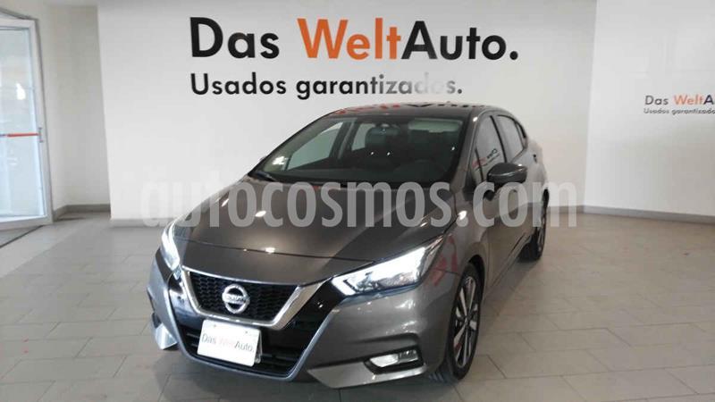 Foto Nissan Versa Exclusive Aut usado (2020) color Gris precio $289,900