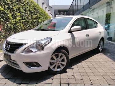 Nissan Versa 4P ADVANCE AT A/AC. VE F. NIEBLA RA-16 usado (2018) color Blanco precio $180,000