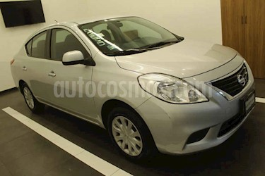 Nissan Versa 4p Sense L4/1.6 Man usado (2014) color Plata precio $149,000