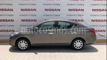 Nissan Versa Sense Aut  usado (2013) color Acero precio $115,000