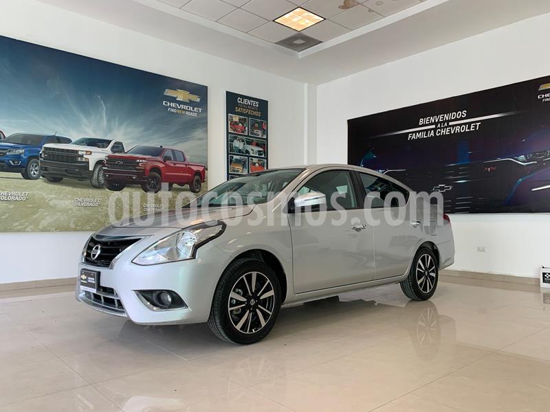 Nissan Versa Exclusive NAVI Aut usado (2019) color Plata Dorado precio $240,000
