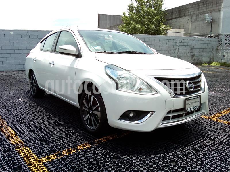 Nissan Versa Exclusive NAVI Aut usado (2019) color Blanco precio $257,744