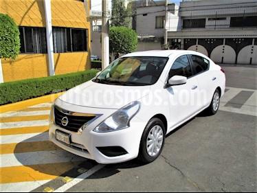 Foto Nissan Versa Sense Aut usado (2016) color Blanco precio $129,900