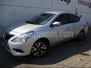 Foto Nissan Versa 4p Exclusive L4/1.6 Aut usado (2018) color Plata precio $208,000
