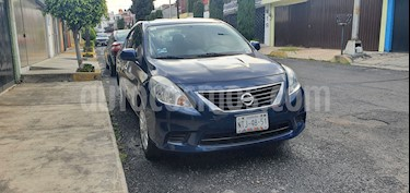 Nissan Versa Sense Aut usado (2012) color Azul precio $94,500