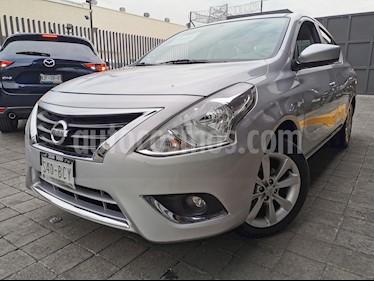 Nissan Versa Advance usado (2018) color Plata precio $185,000
