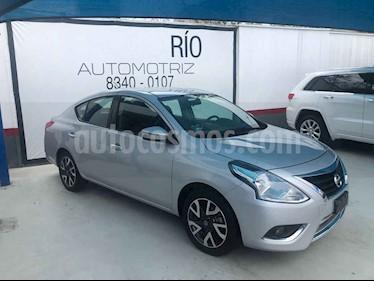 Nissan Versa Exclusive Aut usado (2017) color Plata precio $175,000