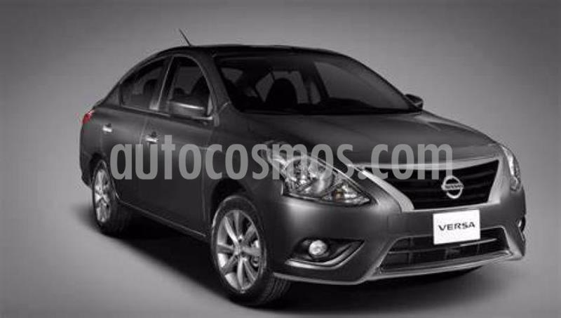 Nissan Versa 4P SENSE AT A/AC. VE. usado (2019) color Gris precio $215,000