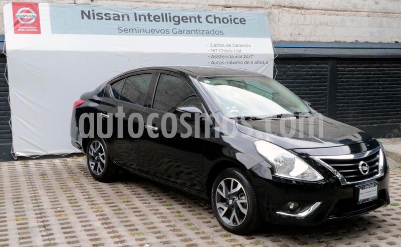 Nissan Versa Exclusive NAVI Aut usado (2018) color Negro precio $200,000