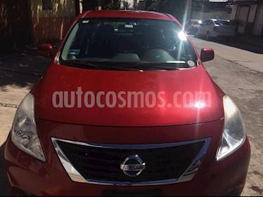 Nissan Versa Sense  usado (2013) color Rojo precio $109,000
