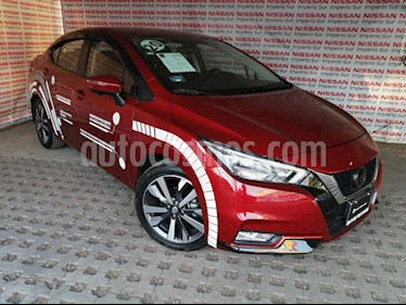 Nissan Versa Platinum Aut usado (2020) color Rojo Metalizado precio $295,000