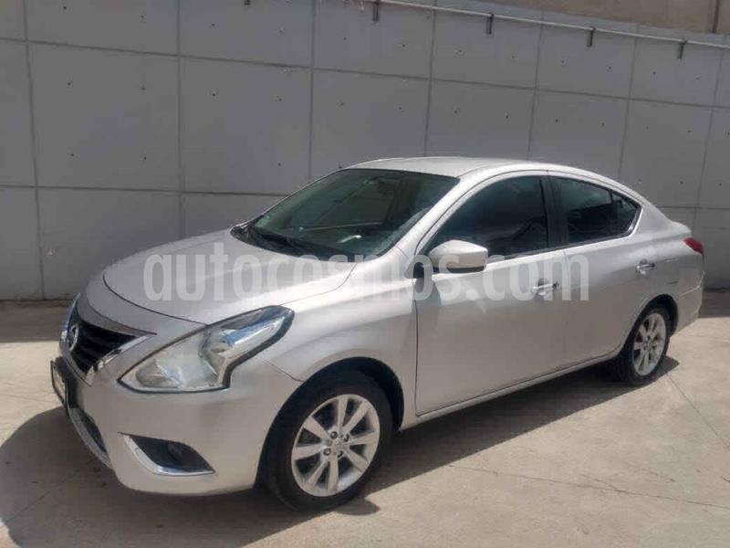Nissan Versa Advance usado (2016) color Plata precio $155,000