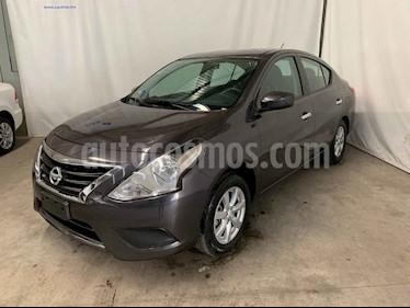 Nissan Versa 4p Sense L4/1.6 Aut usado (2019) color Gris precio $194,900