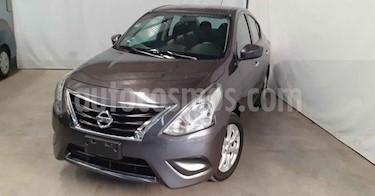 Nissan Versa 4p Sense L4/1.6 Aut usado (2019) color Gris precio $169,900