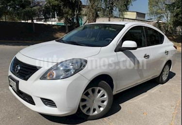 Nissan Versa 4P SENSE AT A/AC. VE. usado (2014) color Blanco precio $124,000