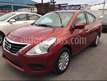Nissan Versa Sense Aut usado (2017) color Rojo precio $154,000
