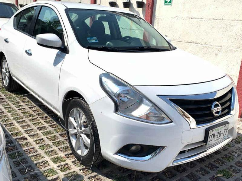 Foto Nissan Versa Advance Aut usado (2015) color Blanco precio $142,000