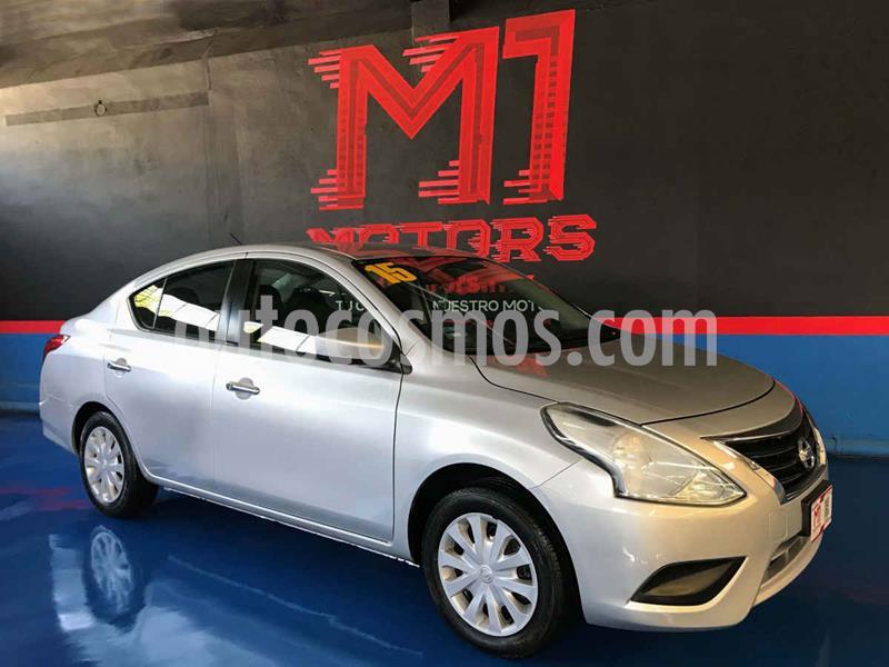 Nissan Versa Sense Aut usado (2015) color Plata precio $139,900