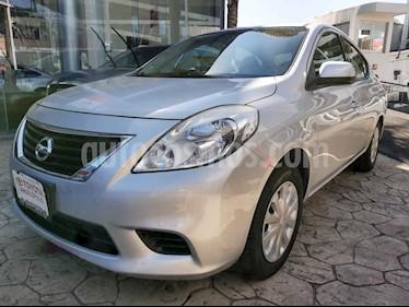 Nissan Versa 4p Sense L4/1.6 Aut usado (2014) color Plata precio $120,000