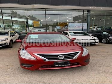 Nissan Versa 4p Sense L4/1.6 Aut usado (2018) color Rojo precio $180,000