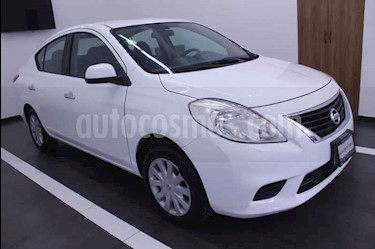 Nissan Versa Sense Aut usado (2012) color Blanco precio $100,000