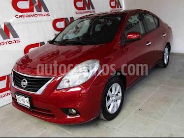 Nissan Versa Advance Aut usado (2014) color Vino Tinto precio $123,000