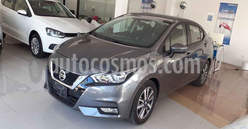 Nissan Versa Advance Aut usado (2020) color Gris precio $253,900