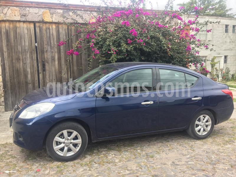 Nissan Versa Advance  usado (2014) color Azul precio $110,000