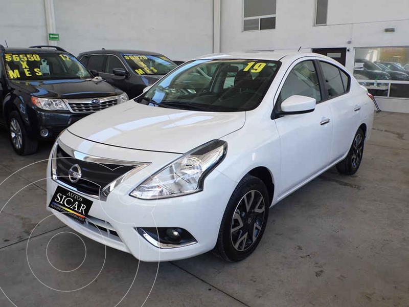 Foto Nissan Versa Advance usado (2019) color Blanco precio $209,000