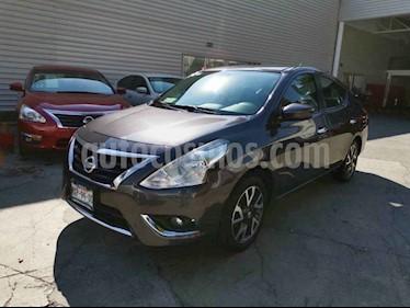 Nissan Versa Exclusive Aut usado (2016) color Gris precio $189,000