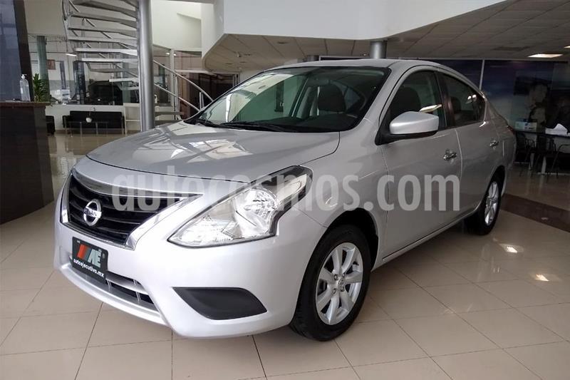 Nissan Versa Sense Aut usado (2019) color Plata Dorado precio $179,000