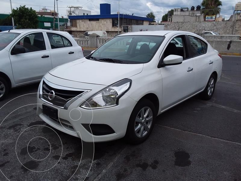 Foto Nissan Versa Sense Aut usado (2019) color Blanco precio $168,900