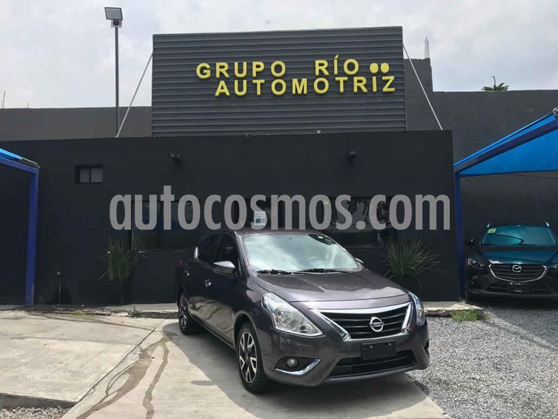 Nissan Versa Advance Aut usado (2019) color Gris precio $205,000
