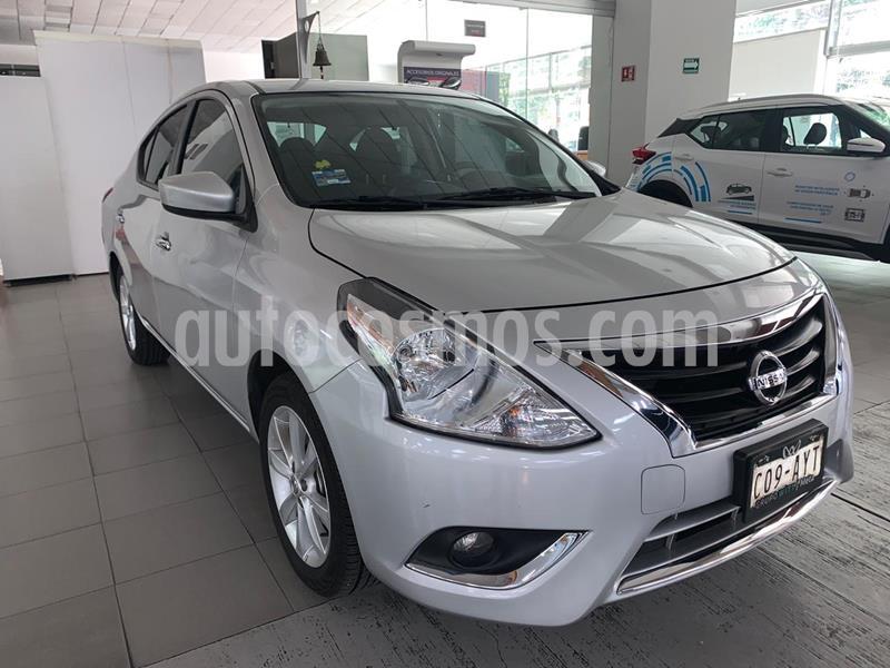 Foto Nissan Versa Advance Aut usado (2017) color Plata precio $195,000