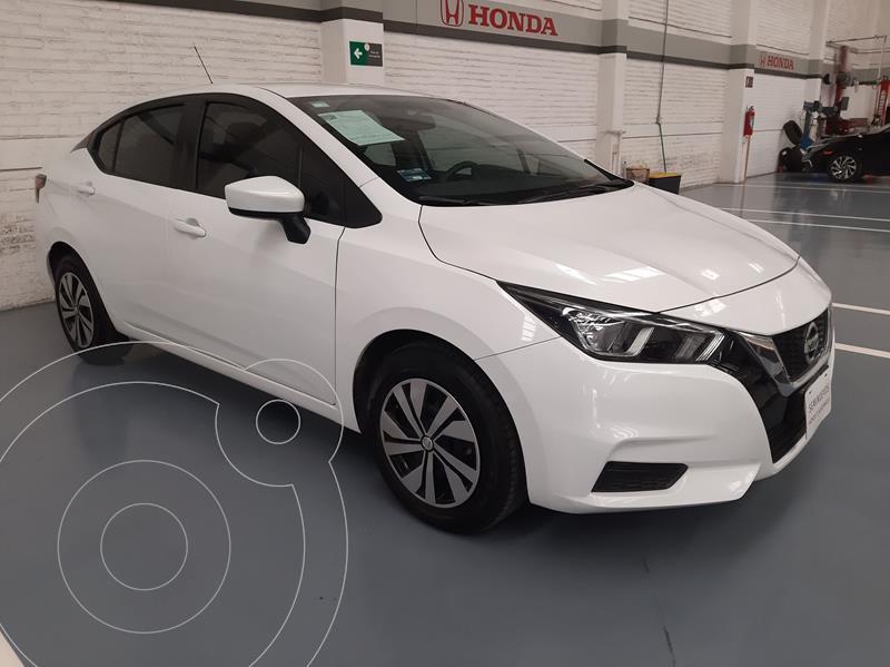 Foto Nissan Versa Sense usado (2020) color Blanco precio $243,000
