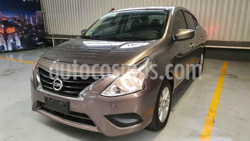 Nissan Versa Sense Aut usado (2019) color Cafe precio $199,000