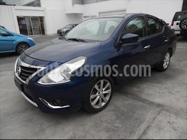 Nissan Versa ADVANCE AT 1.6L usado (2018) color Azul Marino precio $210,000