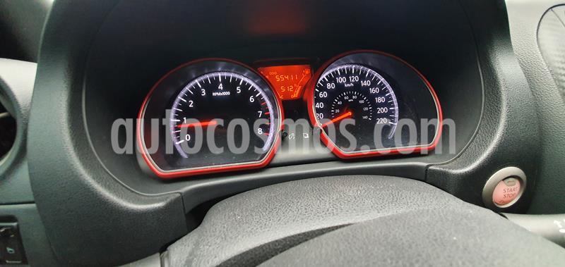 Nissan Versa Advance usado (2013) color Rojo precio $110,000