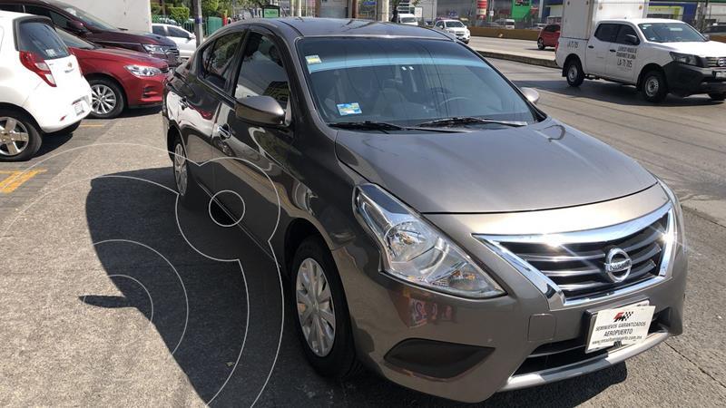 Foto Nissan Versa 4 pts. Sense, TM5, a/ac., VE. (linea anterior) usado (2019) color Gris Acero precio $207,000