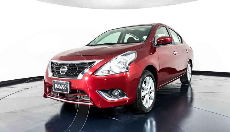 Foto Nissan Versa Advance usado (2017) color Rojo precio $174,999
