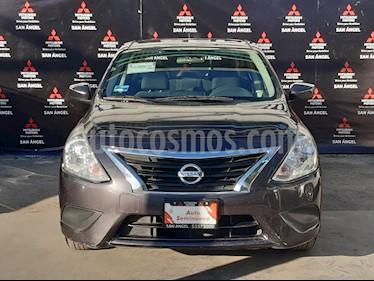 Nissan Versa Sense usado (2016) color Titanio precio $148,000