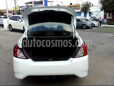 Nissan Versa Sense usado (2018) color Blanco precio $154,000