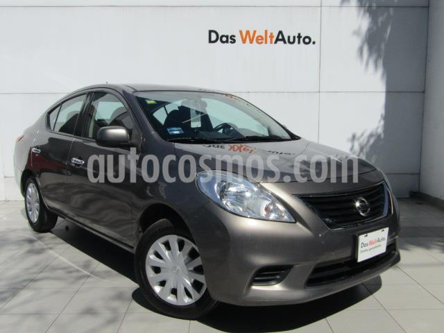 Nissan Versa Sense Aut   usado (2014) color Bronce precio $125,000