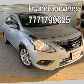 Nissan Versa Advance usado (2016) color Plata precio $154,900