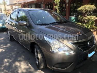 Nissan Versa Sense usado (2016) color Marron precio $136,000