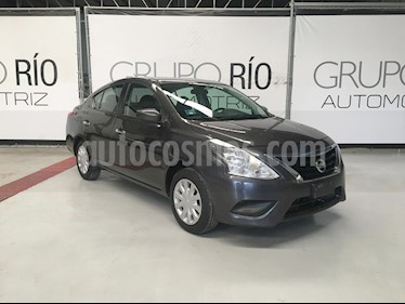 Nissan Versa Sense Aut usado (2016) color Titanio precio $149,000