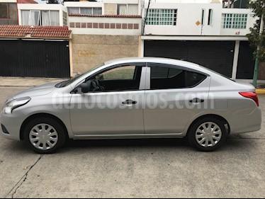 Nissan Versa Drive usado (2019) color Plata precio $158,000
